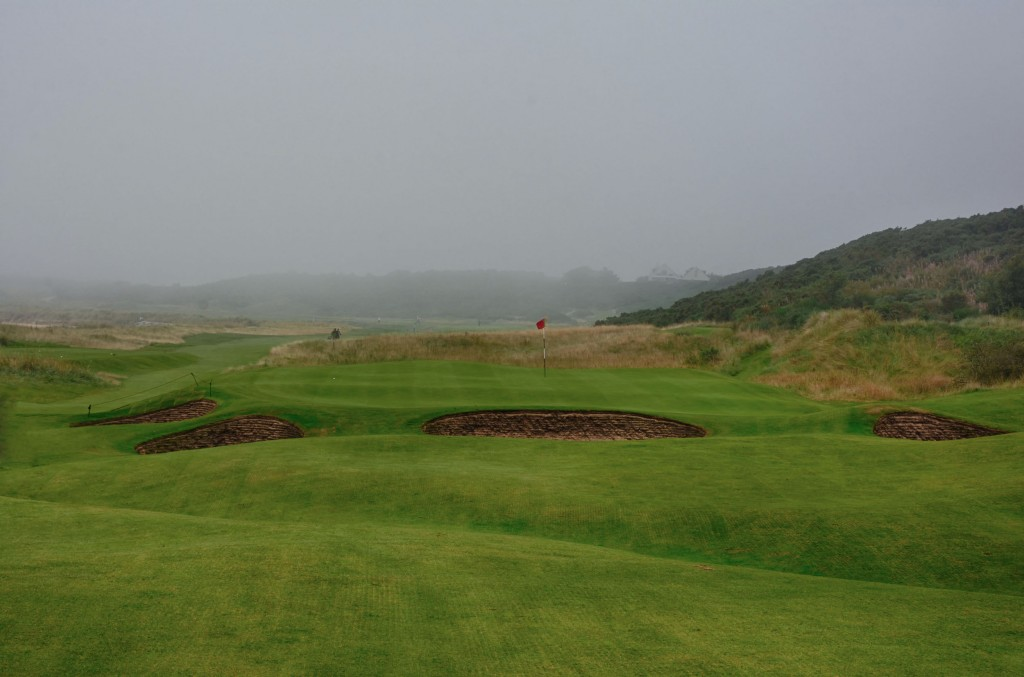 The par 3, 10th at Dornoch
