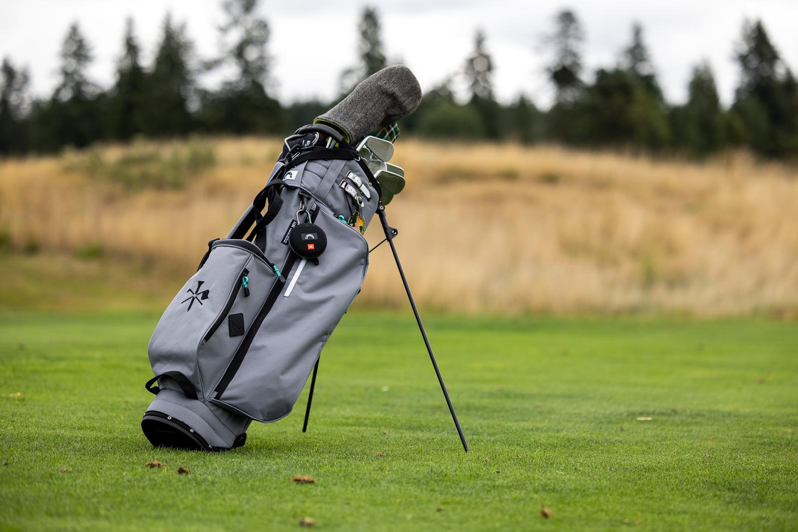 https://breakingeighty.com/jones-golf-bag-review